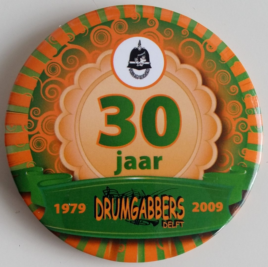 2009 button 30 jaar Drumgabbers