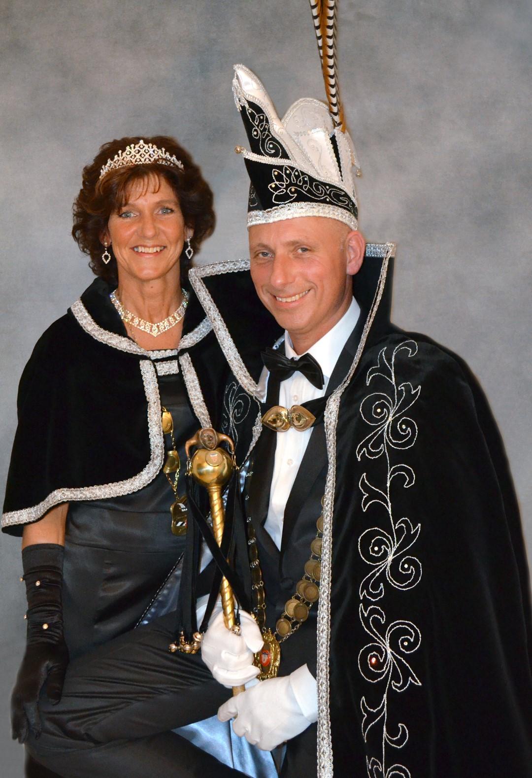 2011 2012 Prins Hans de 2e en Prinses Marjo de 1e Hans en Marjo Haak Large